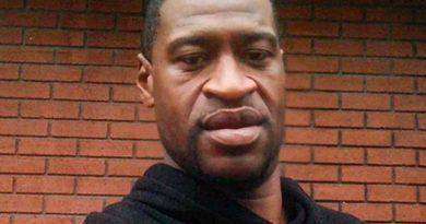 Condannato per omicidio l'agente che uccise Floyd.