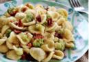 Orecchiette broccoli e peperoni cruschi