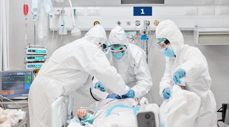 Ordine dei medici: terza dose per tutti nella sanità