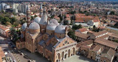 """Padova urbs picta"""
